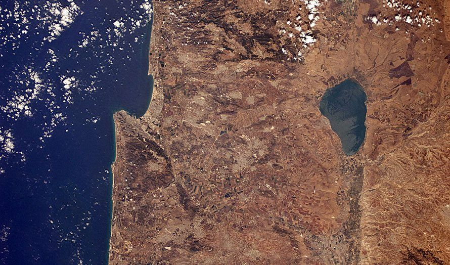 Nord-Israel med Middelhavet i vest og Genesaretsjøen i øst. (Illustrasjonsfoto: NASA)