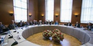 Her blir atomforhandlingene mellom Iran og P5+1 (Vetomaktene i FN og Tyskland) innledet, den 15. oktober 2013. (Foto: Eric Bridiers, United States Mission Geneva, flickr.com)