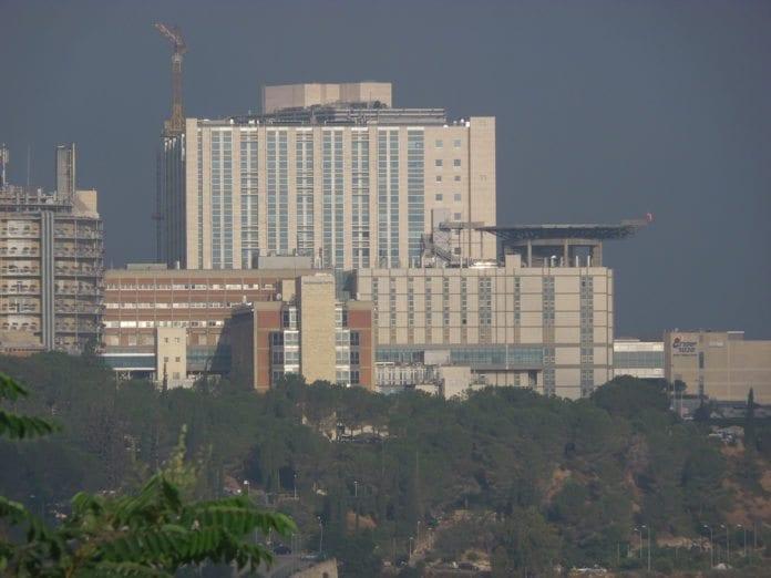 Hadassah-sykehuset på Mount Scopus. (Foto: zeevveez, flickr.com)