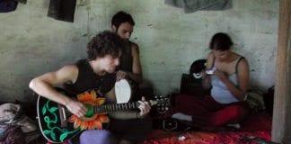 Mange israelske ungdommer drar på ferietur etter fullført vernepliktstjeneste. Her er noen israelere i India. (Illustrasjonsfoto: JasonUnbound, flickr.com)
