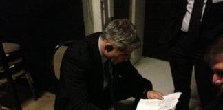 Israels finansminister Yair Lapid har endelig fått nok handlingsrom i budsjettet til å kunne komme med noen gode nyheter. (Foto: Yair Lapid - יאיר לפיד, flickr.com)