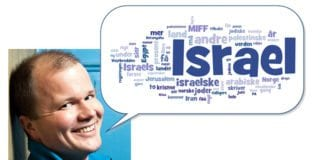 Conrad Myrland gir deg oversikt over Miff.no. Ordskyen er skapt av teksten i MIFFs informasjonsavis Midtøsten i fokus nr. 4 og 5 i 2013. (Foto: Johnny Vaet Nordskog)