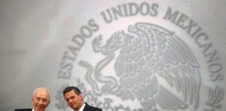 Israels president Shimon Peres (f.v.) og sin mexicanske kollega Enrique Peña Nieto, under statsbesøket i Mexico i helgen. (Foto: Presidencia de la República Mexicana, flickr.com)