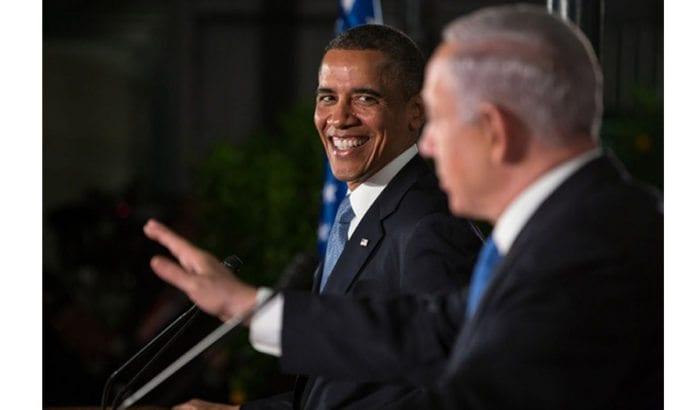 USAs president Barack Obama med Israels statsminister Benjamin Netanyahu ved sin side under sitt besøk i Israel i 2013. Foto: Whitehouse.gov.