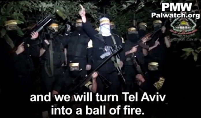 Skjermdump fra YouTube-filmen publisert av Al-Aqsa Martyrbrigader. Filmen er også publisert på Fatahs offisielle Facebook-side, ifølge Palestinian Media Watch.