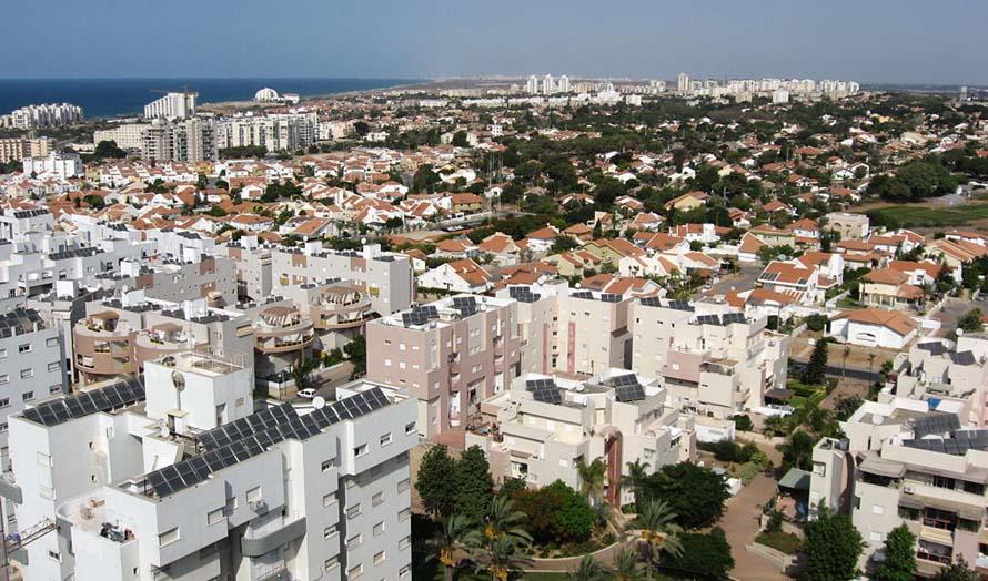 Byen Ashkelon sør i Israel er et av stedene som stadig er truet av rakettangrepene fra Gaza. Foto: Wikimedia Commons.