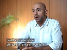 Avner Warner jobber for å utvikle Tel Aviv-regionen som et innovativt kraftsenter. (Skjermdump fra filmen)