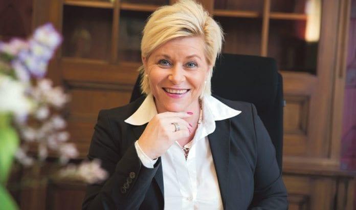 Finansminister Siv Jensen varsler en ny stortingsmelding om Oljefondet til våren. Der vil hun