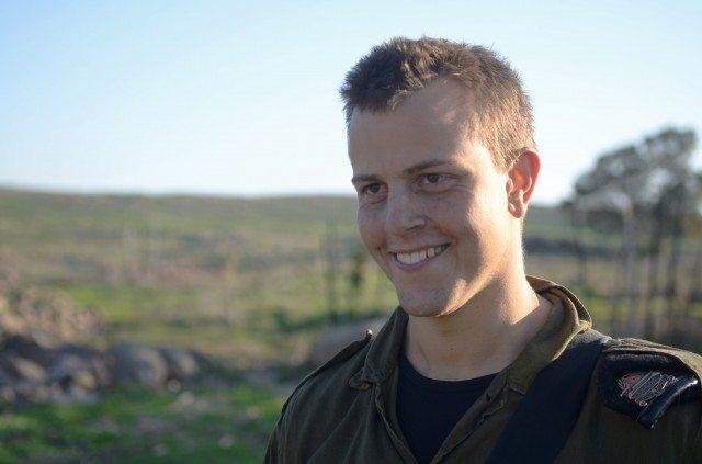 Etter at Jonny Petrsheim oppdaget sine jødiske røtter, meldte han seg til tjeneste i IDF. (Foto: IDF)