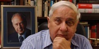 Journalist Eitan Haber analyserer Israels muligheter etter at Hamas og Fatah inngikik avtale. (Foto: Wikimedia Commons.)