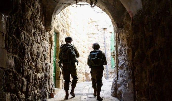 Israelske soldater på leting etter de tre kidnappede guttene. Foto: IDF.