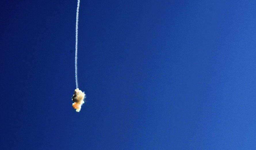 Terror-rakett fra Hamas blir stanset av Iron Dome over Ashkelon 10. juli 2014. (Foto: Haim Zach, GPO)