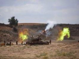 Israelsk artilleri som deltok under operasjon Skarp Beskyttelse mot Hamas-regimet på Gaza-stripen i juli 2014. (Foto: IDF)