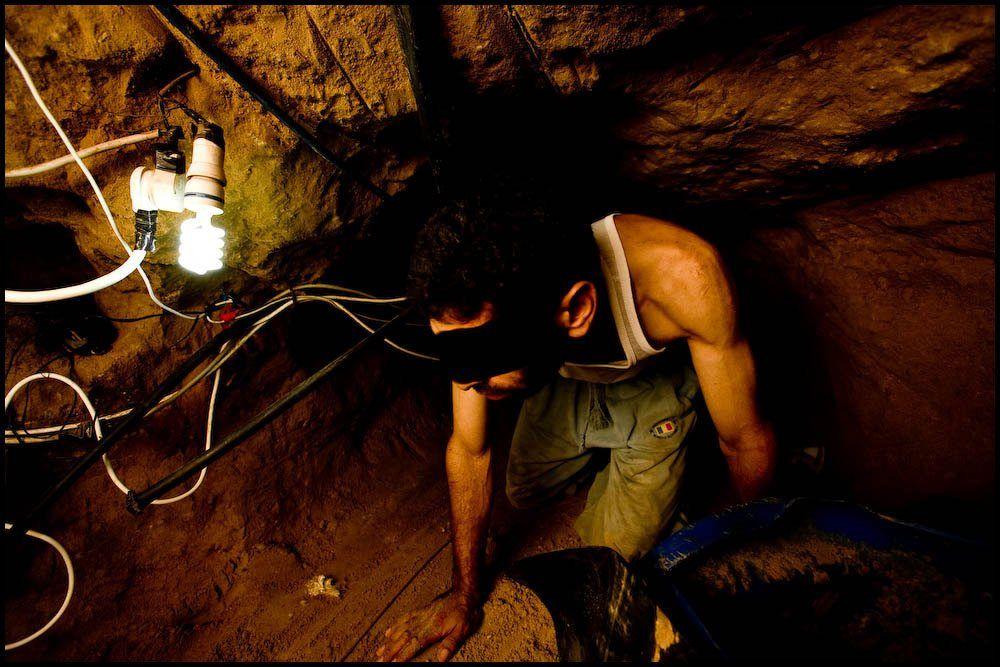 En palestinsk tunnelarbeider. (Illustrasjonsfoto: Zoriah, flickr.com)