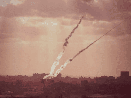 Rakettangrep fra Gaza mot Israel. (Illustrasjonsfoto: IDF / Flickr.com)