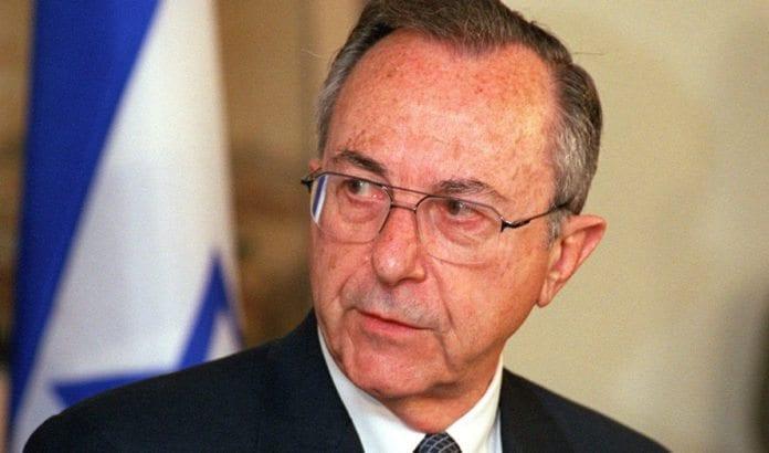 Moshe Arens. (Foto: Helene C. Stikkel, Wikimedia Commons)