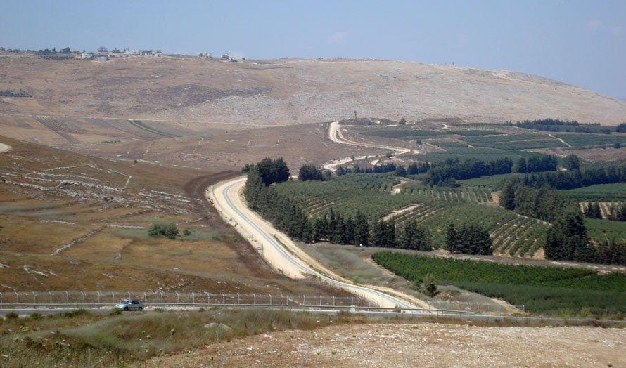 Utsikt over grensen mellom Israel og Libanon, fra Bar'am i Israel. (Illustrasjonsfoto: Southern Kross / Flickr CC)