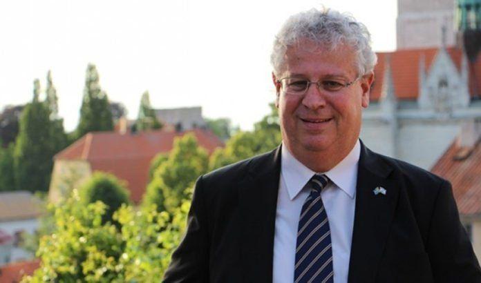 Israels ambassadør til Sverige, Isaac Bachman. (Foto: Israels ambassade i Sverige)