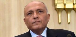 Egypts utenriksminister Sameh Shoukrey sier at ingen ville ha Israel med på givermøtet. (Foto: Wikimedia Commons)