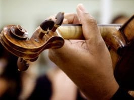 Skrikende, falske toner kommer fra Musikernes fellesorganisasjon. (Illustrasjonsfoto: rafaelsoares, flickr.com)