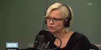 NRKs programleder Hege Holm. (Skjermdump fra Dagsnytt Atten 6. november 2014)