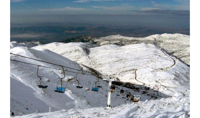 Skisportsanlegget på Hermon-fjellet måtte stenge etter rakettangrep fra Syria i dag. (Illustrasjonsfoto: Wikimedia Commons)