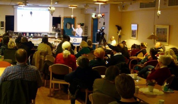 Bengt-Ove Nordgård holdt foredrag i MIFF Oslo tirsdag 27. januar 2015. (Foto: Tore Wilhelmsen, MIFF Oslo)