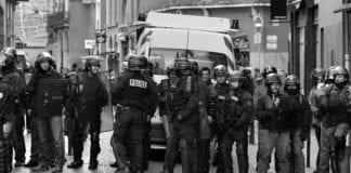 På én uke har fransk politi arrestert minst 70 personer for å gi unnskyldning for terror. (Illustrasjonsfoto fra november 2014: Patrick Subotkiewiez, flickr)