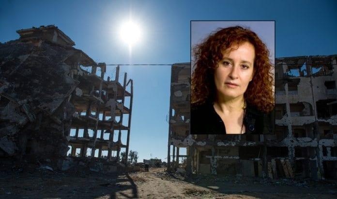 Øyenvitner i Gaza kan ved feil forveksle ildgivning fra israelske og palestinske styrker. Andre ganger kan de med overlegg legge ansvaret feilaktig på Israel, i frykt for represalier fra væpnede palestinske styrker, forteller Donatella Rovera (innfelt). (Foto: Mazur/catholicnews.org.uk)