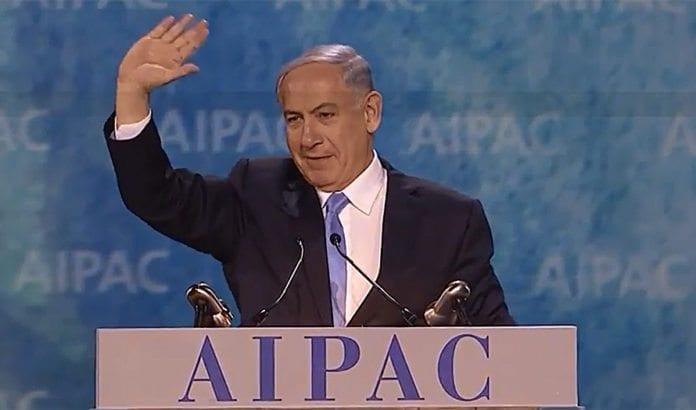 Benjamin Netanyahu ble møtt med stående applaus hos 16.000 amerikanske Israel-venner på AIPAC-konferansen mandag. (Foto: Skjermdump fra Jewish Life Television / YouTube)