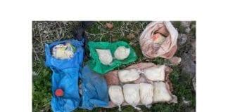 Beslaglagte bombematerialer fra produksjonslaboratoriet til den pågrepne terrorcellen. (Foto: Shin Bet)