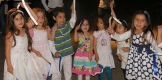 Israelske barn feirer uavhengighetsdagen. (Illustrasjonsfoto: Max Nathans / Flickr.com / CC)