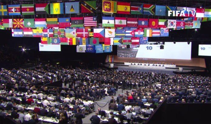 FIFAs verdenskongress stemte for å opprette en komité for å overvåke Israels behandling av palestinske fotballspillere. (Foto: Skjermdump fra FIFAs direkteoverføring på YouTube)