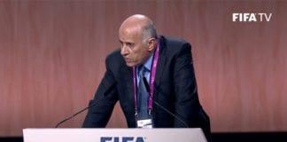 Den tidligere terrordømte palestinske idrettslederen og Fatah-politikeren Jibril Rajoub sto opp mot Israel under FIFAs verdenskongress fredag 29. mai. (Foto: Skjermdump fra FIFAs direkteoverføring på YouTube)