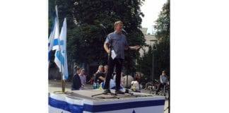 Bengt-Ove Nordgård taler i Stockholm 30. august 2015. (Foto: Privat)