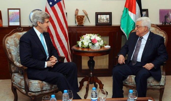 John Kerry får kritikk for å true med