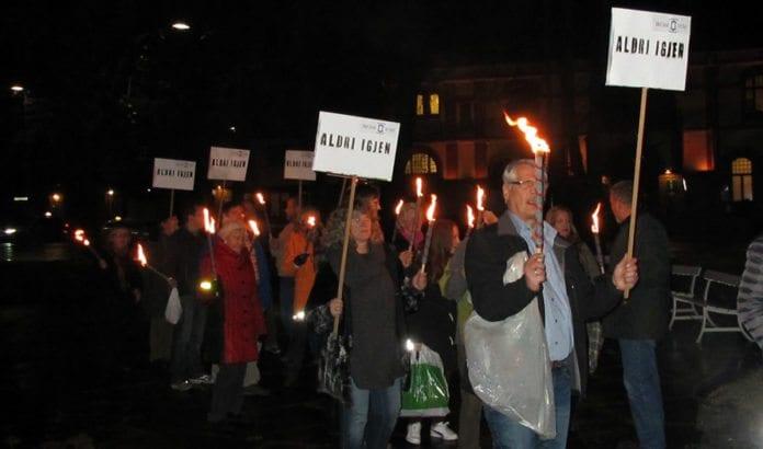 Fakkeltog på Gjøvik mandag kveld i regi av MIFFs lokalforening. (Foto: MIFF Gjøvik)