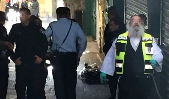 Åstedet for knivangrepet ved Damaskus-porten i Jerusalem søndag 29. november. (Foto: Det israelske politiet)