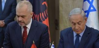 Netanyahu og Albanias statsminister Edi Rama undertegnet vennskapsavtale i desember 2015 (Foto: Facebook)
