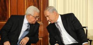 Med unntak av en kort håndhilsen under klimatoppmøtet i Paris har ikke Mahmoud Abbas og Benjamin Netanyahu møtt hverandre ansikt til ansikt siden 2010. (Foto: GPO)