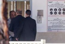 Tidligere statsminister Ehud Olmert ankom fengselet i Ramle mandag 15. februar i fjor for å sone en straff på 18 måneder for korrupsjon. (Foto: Flash90)