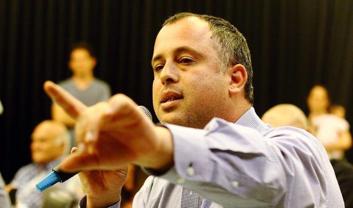 Knesset-medlem Hilik Bar er generalsekretær i det israelske Arbeiderpartiet. (Foto: Yossi Gurvitz)