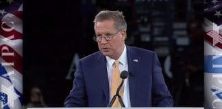 John Kasich talte på AIPAC-konferansen mandag 21. mars. (Foto: Skjermdump fra AIPACs videooverføring)