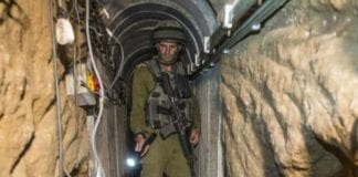 Israelsk soldat i en tunnel (Illustrasjonsfoto: IDF)