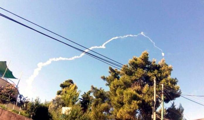 En Patriot-rakett skytes mot dronen (Foto: Safed kommune)