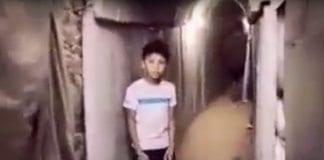 Barn og unge i Gaza blir tatt med på krigsutstilling der de får besøke en ekte terrortunnel. (Foto: Skjermdump fra YouTube)