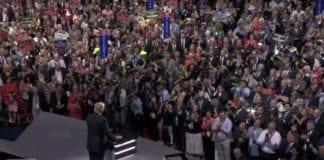 Presidentkandidat Donald Trump på scenen under det republikanske partiets landsmøte. (Foto: Skjermdump fra YouTube)