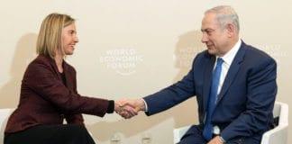 EUs utenrikssjef Federica Mogherini og statsminister Benjamin Netanyahu under et møte i januar 2016. (Foto: European External Action)