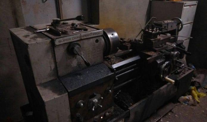 Dette er en av produksjonsenhetene som er brukt i illegal våpenproduksjon på Vestbredden, og som ble beslaglagt av israelske styrker natt til mandag 11. juli 2016. (Foto: Shin Bet)
