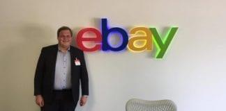 Mats Danielsen (FrP) i utviklingssenteret til eBay i Netanya. (Foto: Privat)